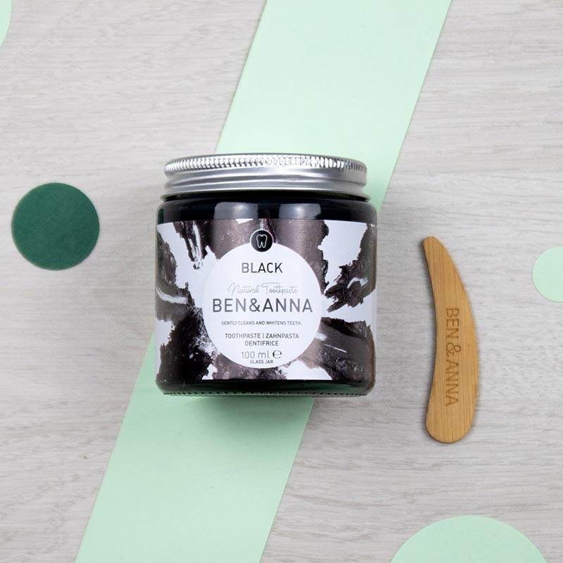 Dentifrice pâte blanchissant au charbon - Ben & Anna | GreenMeow
