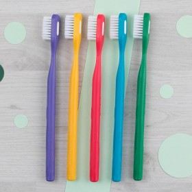 Brosse à dents Medium - 5...