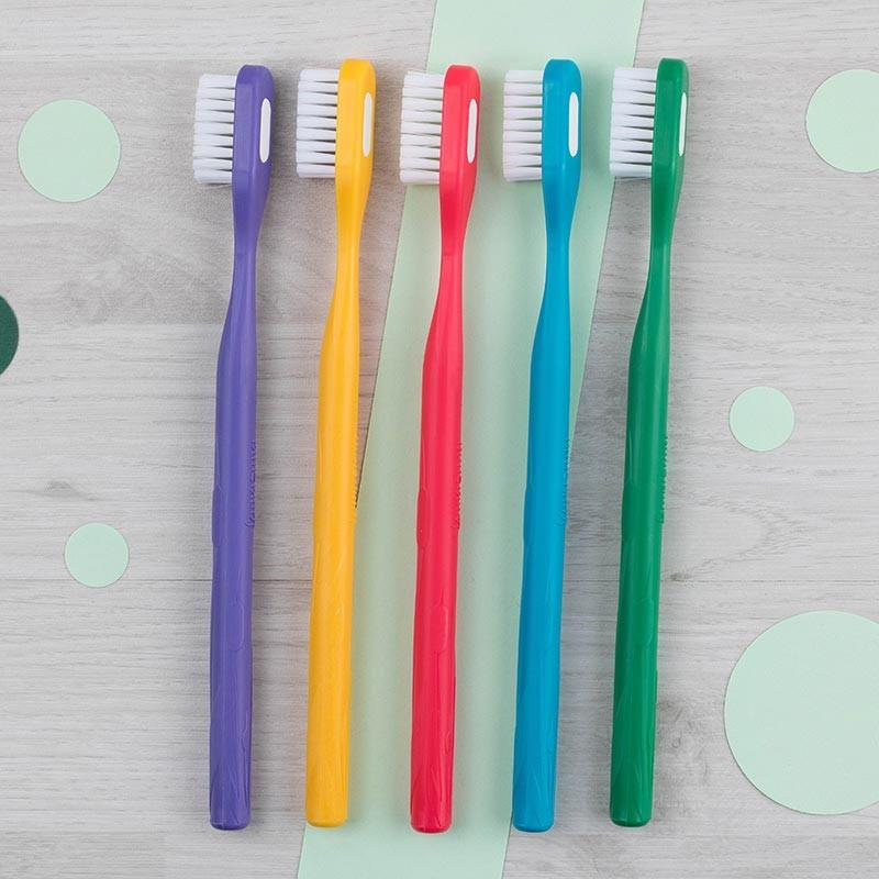 Brosse à dents Souple 5 coloris Lamazuna | GreenMeow