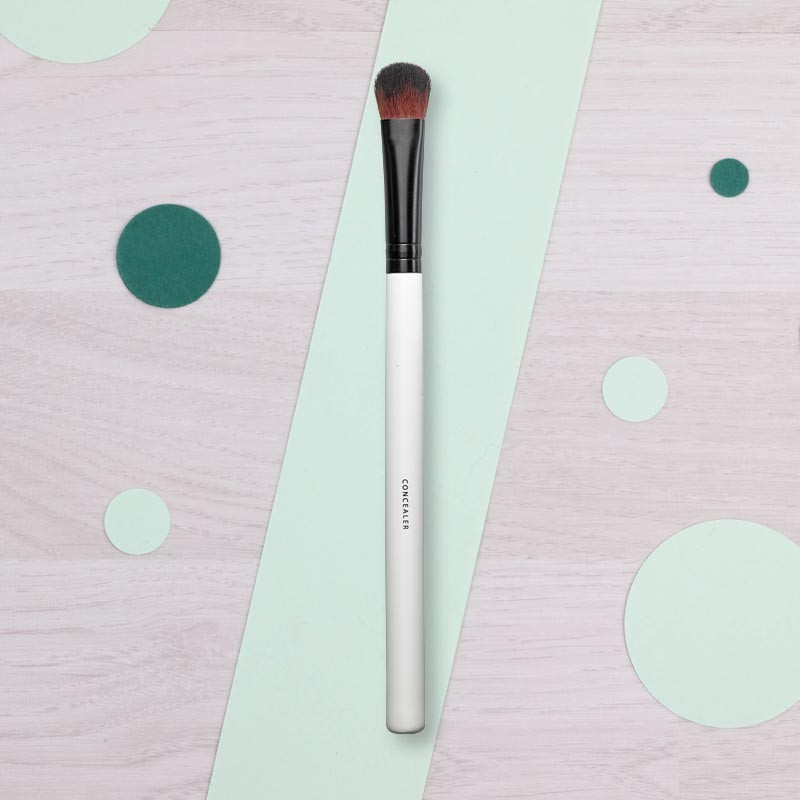 Pinceau Concealer Lily Lolo | GreenMeow